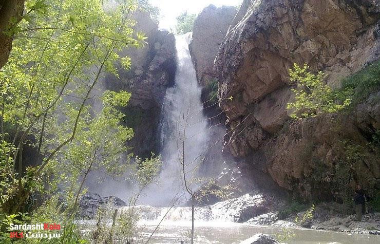 آبشار شلماش سردشت از نمایی دیگر