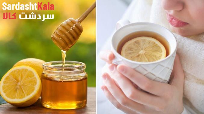 مخلوط کردن عسل و لیمو